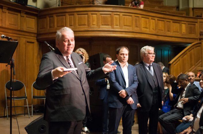 Monsieur Barthélémy Jobert, Président de l'Université. Sur sa gauche, Matthias Vincenot et Jean-Marc Muller