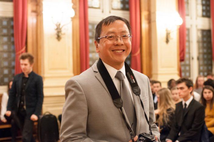 Guy Kuan, Directeur financier de Poésie en liberté
