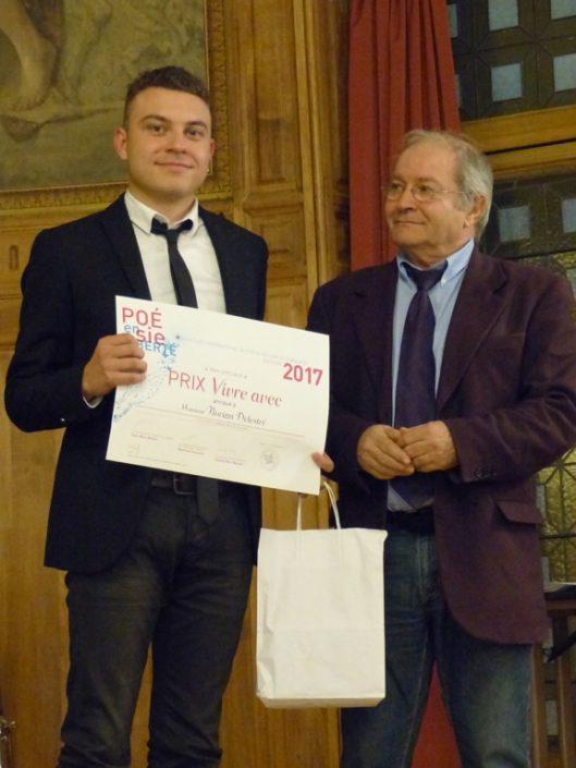 """Florian Delestré, prix """"Vivre avec"""", ESPE Arras (62) et Francis Piazza, Trésorier adjoint"""
