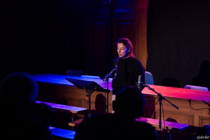 La Jeanne, chanteuse et comédienne