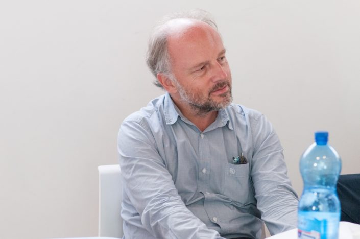 Etienne Orsini, poète, Chargé de mission à l'Espace Andrée Chedid à Issy les Moulineaux