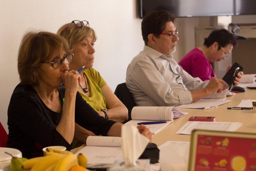Rose Séguignes, Élisabeth Jouhaud, Guy Féret et Yen Kuan