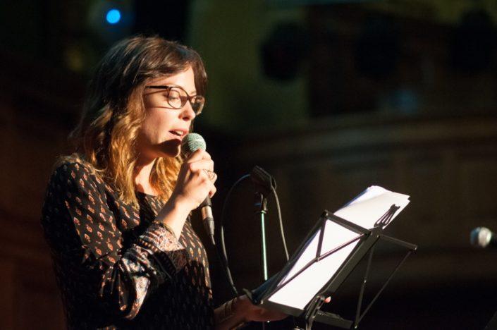 La comédienne Dounia Coesens
