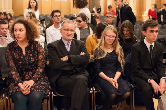 En attendant les invités et l'ouverture de la cérémonie : Virginie Geraud, Bernard Martial, Louise A. et Umut Mert Karacaoğlu