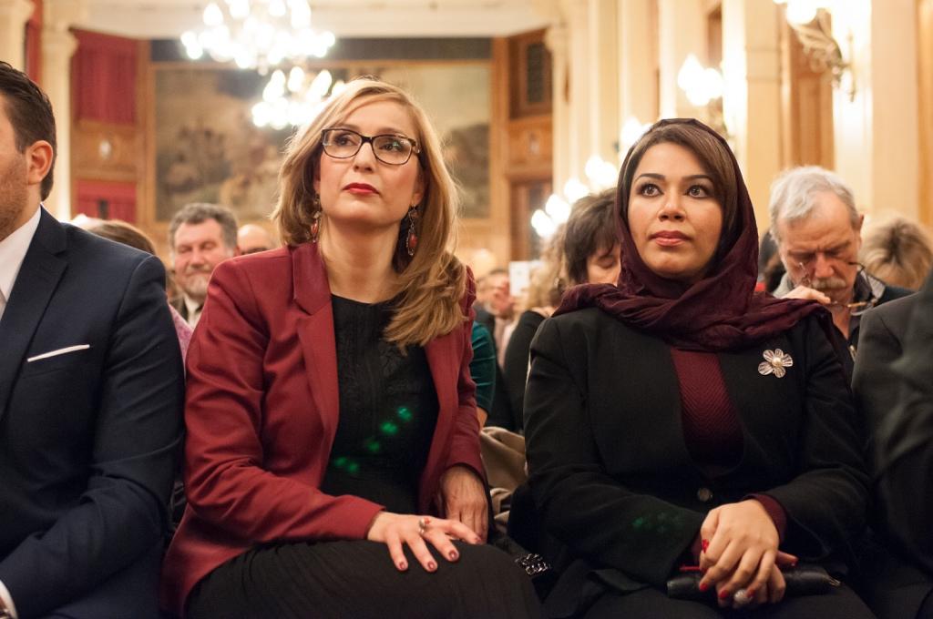 Louisa Nadour, Ambassadrice de Poésie en liberté au Moyen-Orient aux côtés de Madame Duaa Al Aamri, Ambassade du Sultanat d'Oman en France, Chargée d'affaires administratives et financières