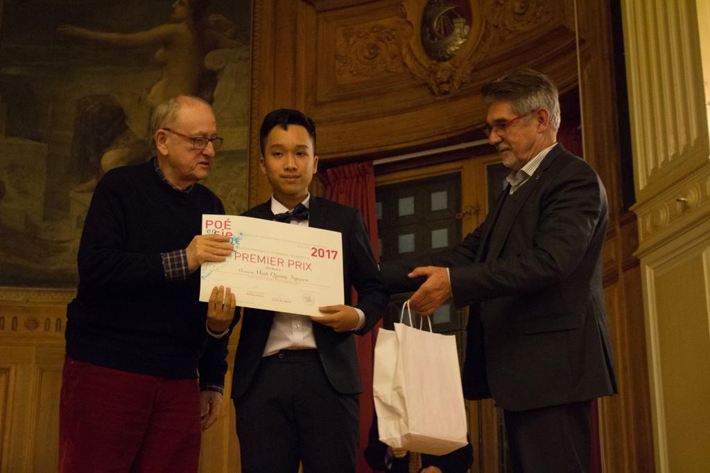 Yvan Dautin, Minh Quang Nguyen du Lycée Français Alexandre Yersin de Hanoï (Vietnam) et Guy Féret