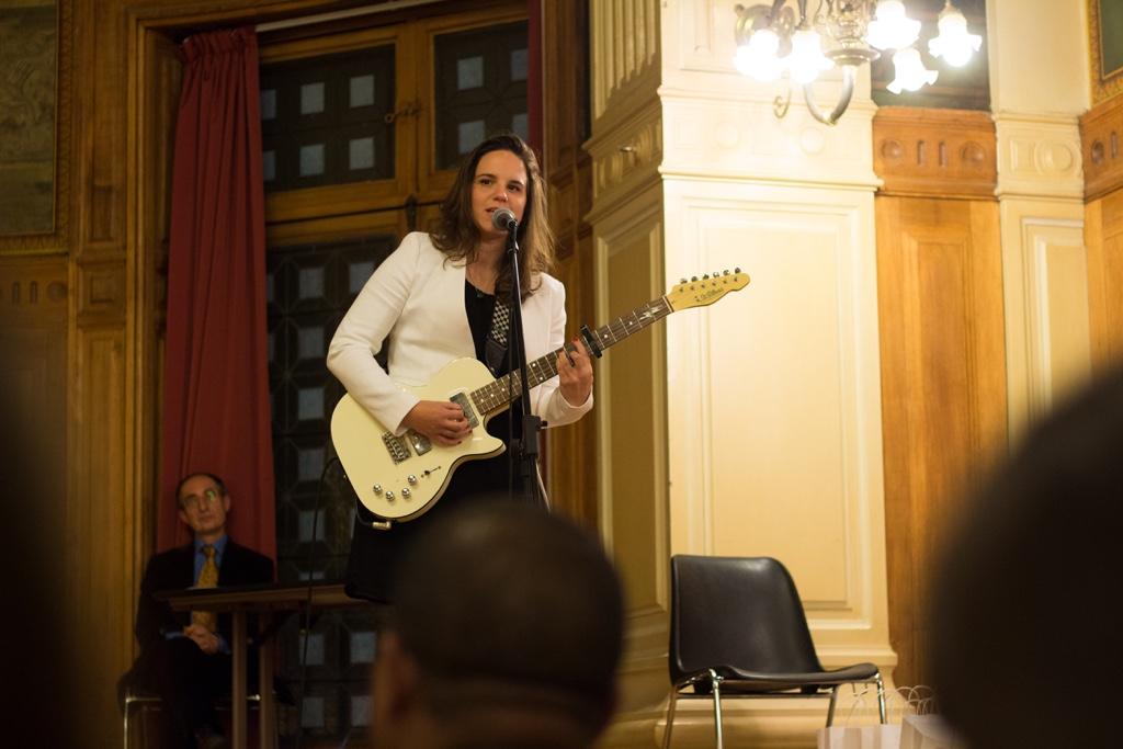 Mèche, auteur compositeur interprète