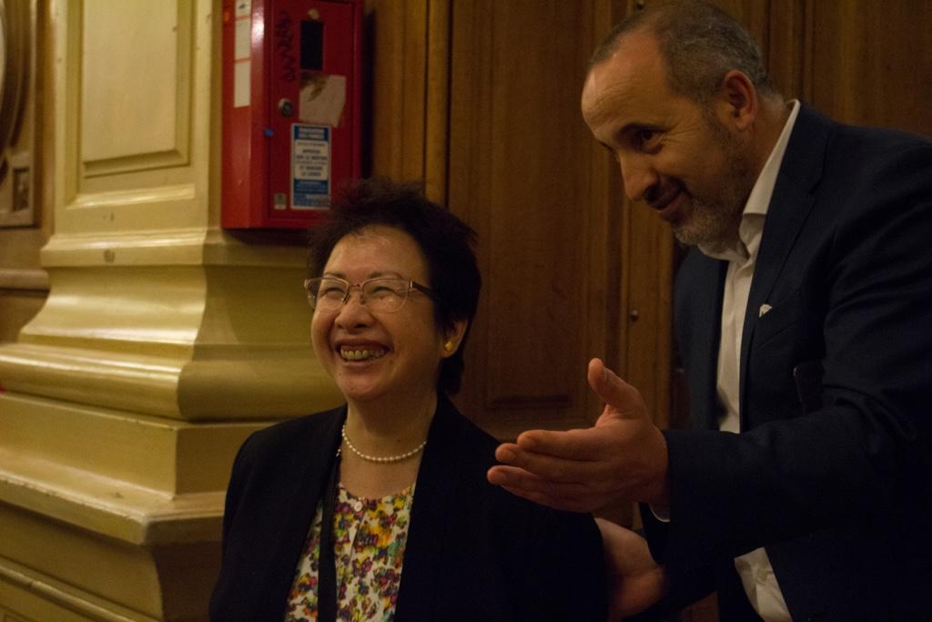 Yen Kuan, Attachée de Direction et Rabah Kaabeche, Administrateur