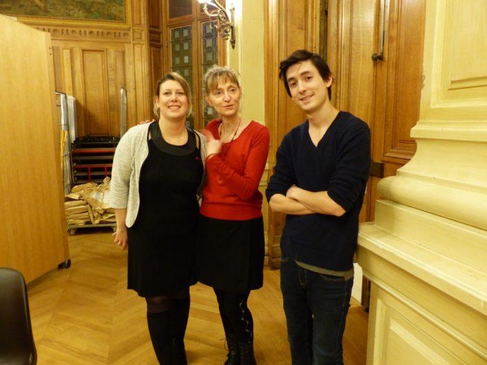 Les administrateurs Mélanie Dumont-Torrès, et Marie-Rose Farjon et Florian Kuan, bénévole.