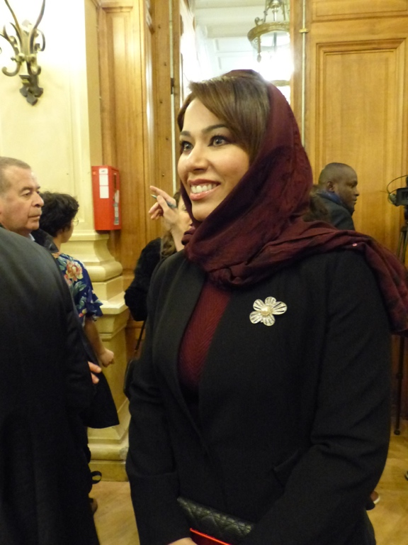 Madame Duaa Al Aamri, Ambassade du Sultanat d'Oman en France, Chargée d'affaires administratives et financières