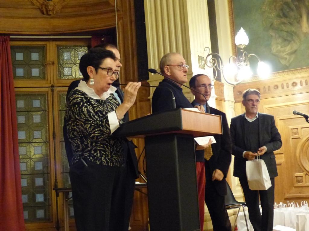 Nicole Simonet, Yvan Dautin, Gilles Tabard et Guy Féret attendent le lauréat annoncé