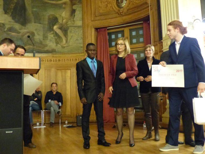 Niklovens Fransaint, 3ème prix , IMFP Gonaïves (Haïti) et Louisa Nadour, Manon Dumas et Olivier Jolicoeur, 1er Prix