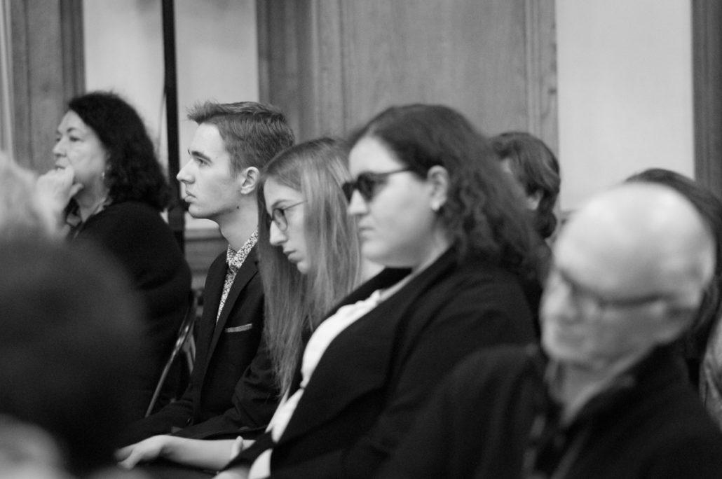 Les lauréates et jurées Kenza Kaabeche, Marie Sondard, un ami et Danielle Josèphe, membre du Comité de lecture