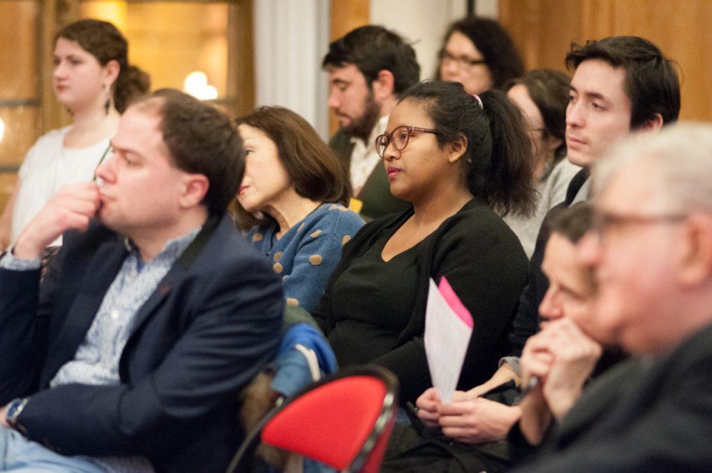 Au centre, Anjatiana Rabehevitra lauréate 2010, membre du Comité de lecture et Florian Kuan, bénévole