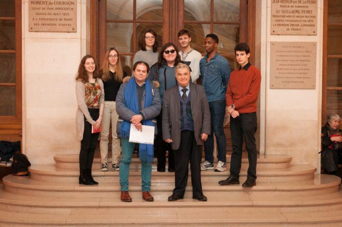 Matthias Vincenot et Jean-Marc Muller avec les jurés Cassandre Terrier, Marie Sondard, une amie, Romuald Thonney, Moïse Abossan, Volodia Descalzi et Kenza Kaabeche (au centre)