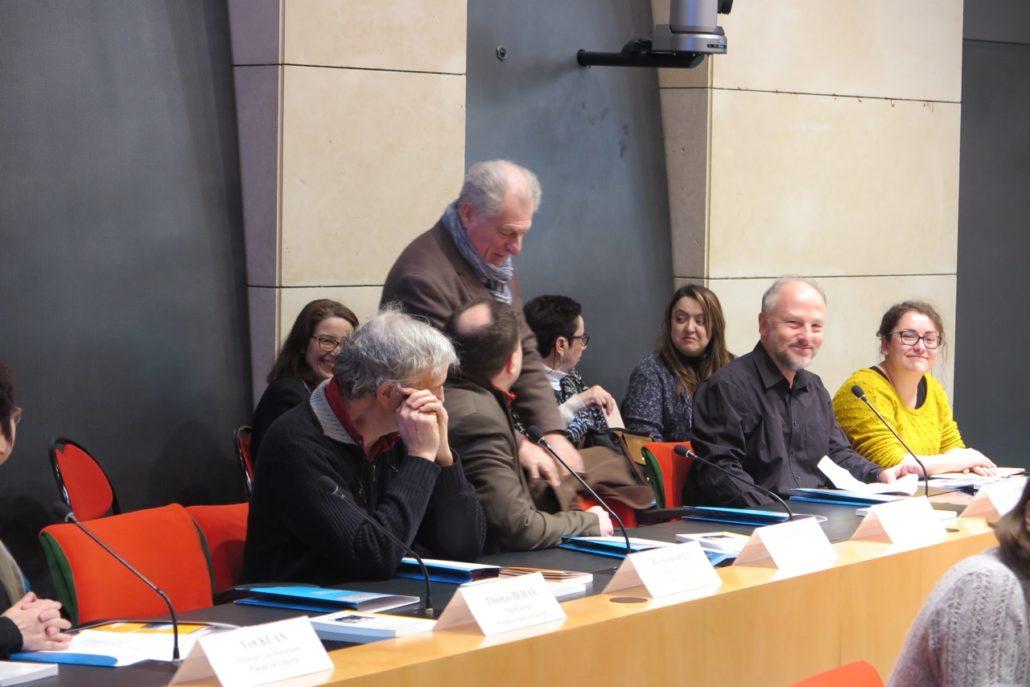 Le coin des poètes, Sylvestre Clancier (debout), Etienne Orsini, Louise Champiré