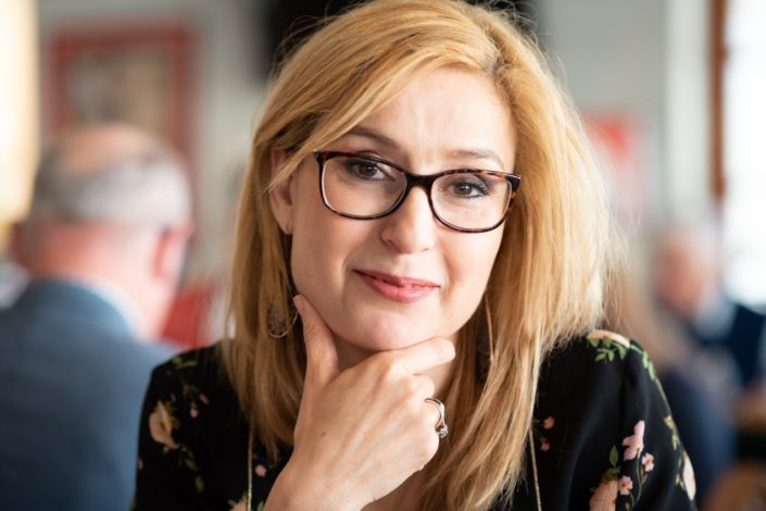Louisa Nadour, Poète Journaliste, Al Arabi Al-Jadid