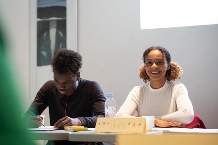 Inès Touré en Première Scientifique, Lycée Charles Péguy - Orléans (45). avec Luc