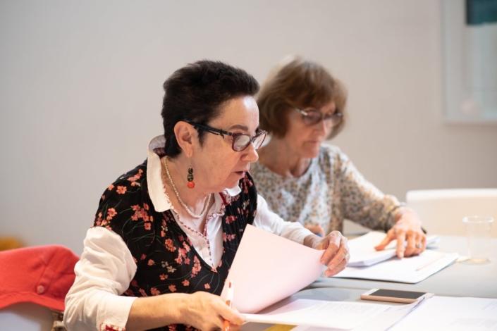 Nicole Simonet, Responsable du Jury, assistée de Rose Séguignes, Secrétaire générale