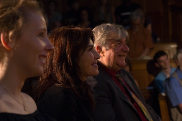 Manon Laporte, Conseillère régionale d'Île-de-France entourée de Victoire et Jean-Marc Muller