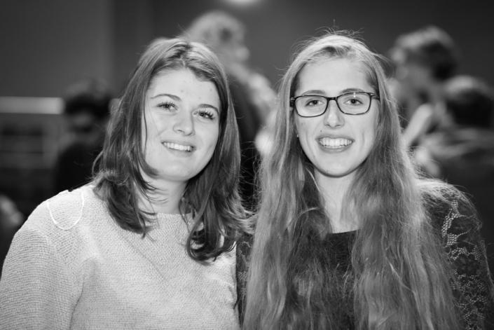 La lauréate Louise Chollet et la jurée Raphaëlle Vander Goten