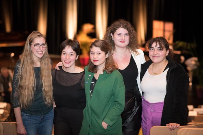les jurées Raphaëlle Vander Goten, Lisa Argento, Léa Furic, Margarita Stroganova et Feryel Kaabeche