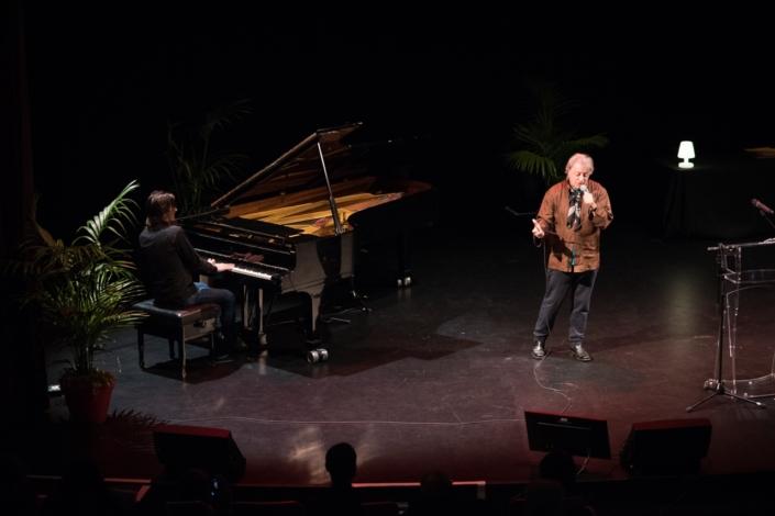 Hervé Vilard accompagné par Etienne Champollion