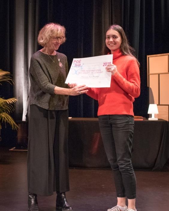 Geneviève Avenard, Défenseure des Droits de l'Enfant et Inès Doublier - Lycée Alexandre-Dumas - Saint-Cloud (92), Prix International des Droits de l'Enfant