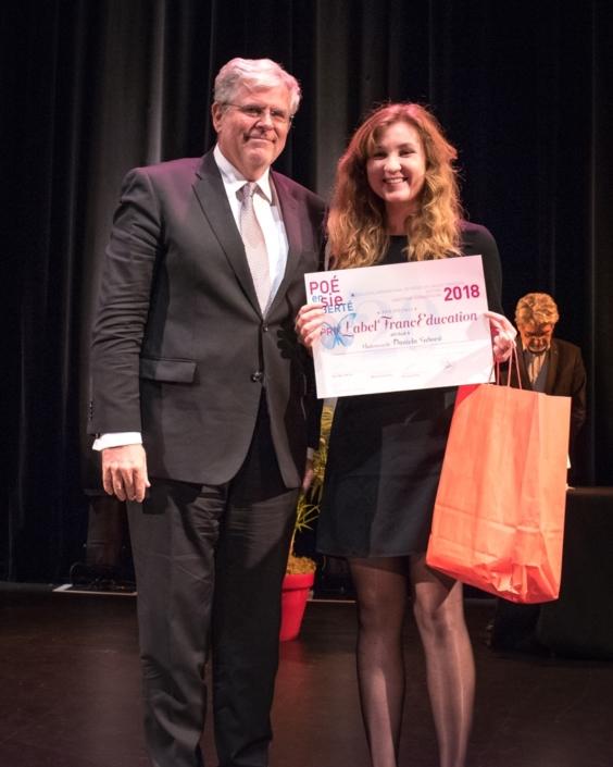 Son Excellence Igor Slobodník, Ambassadeur de la République slovaque à Paris et Daniela Sabová, du Gymnázium Ľudovíta Štúra - Trenčín (Slovaquie), Prix du LabelFrancEducation.