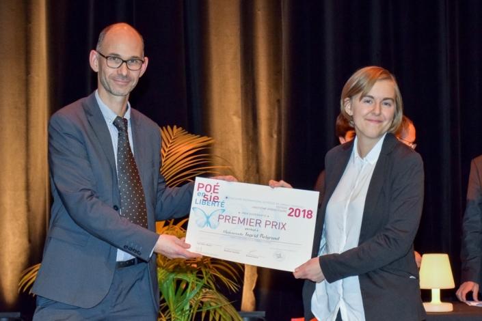 Didier Loison, Vice-Président de Espéranto France et Ingrid Berglund, Mikael Elias Gymnasium, Sundsvall (Suède) 1er prix Espéranto