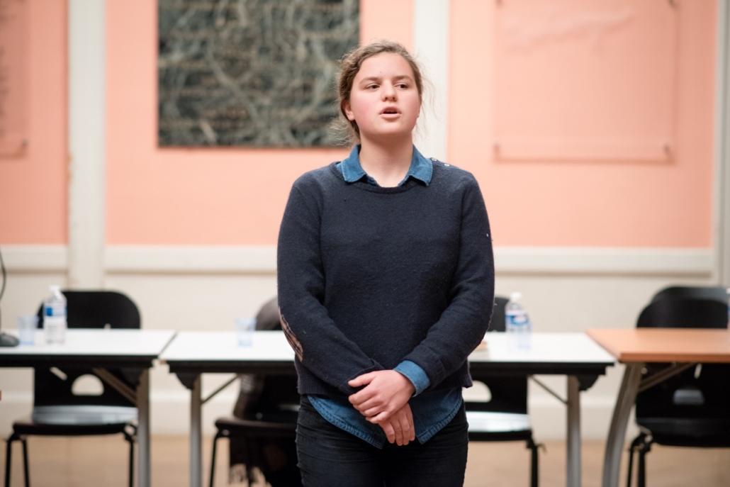 Fanny Guillot Salomon, sélectionnée de l'anthologie 2018, disant son poème