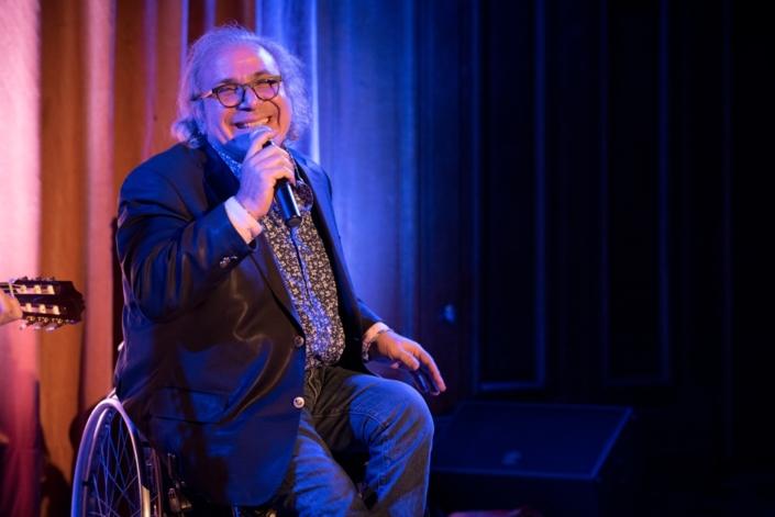 Frédéric Zeitoun, parolier, comédien et chroniqueur musical