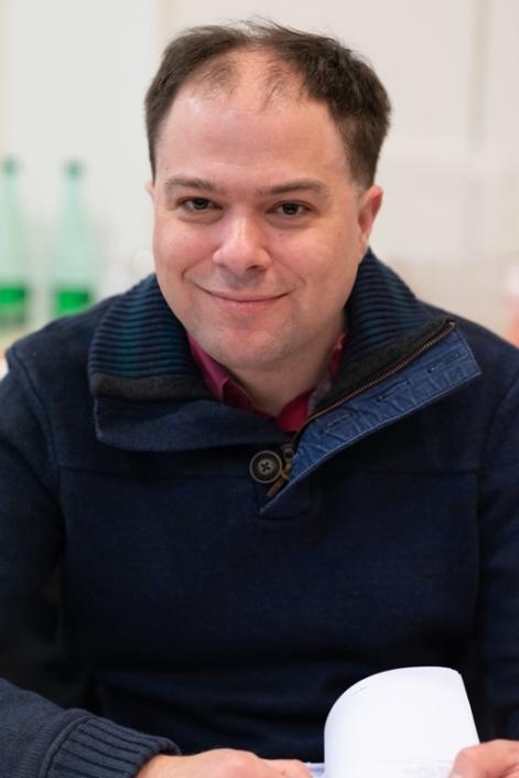 Matthias Vincenot, poète, Directeur Artistique de Poésie en liberté, Docteur ès Lettres, Chevalier des Arts et Lettres, Co-fondateur et co-directeur du Prix Georges Moustaki