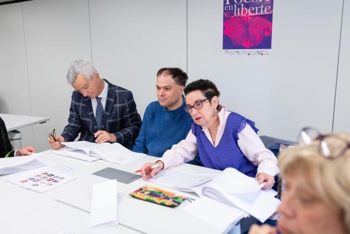 Nicole Simonet, responsable du Jury, mène les débats en présence du DGER Philippe Vinçon