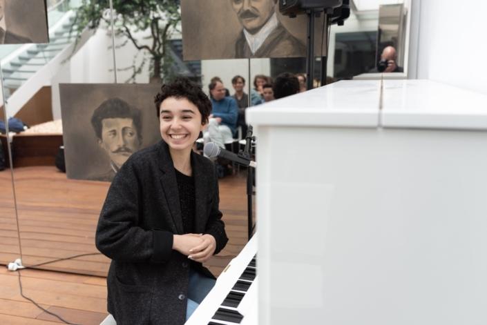 Jenna Boulmedaïs, jurée 2018, instagrameuse, chante et joue du piano