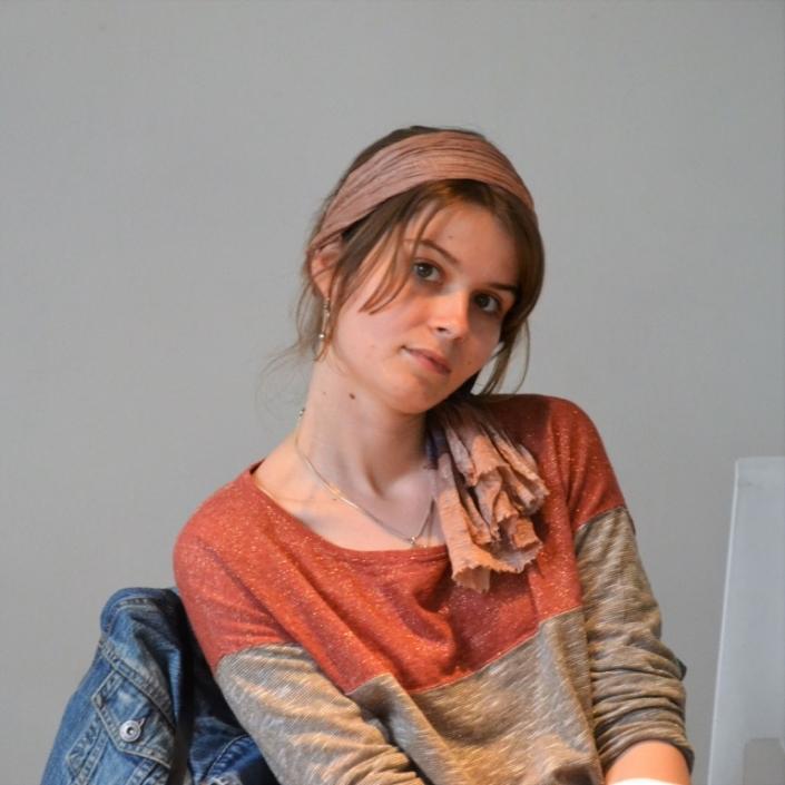 Eva Pechova, observatrice, a publié son premier recueil
