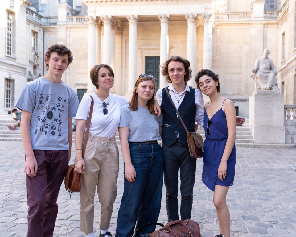 Jenna Boulmedaïs et des Jurés de 2019 : Robin Sigaud, Emma Gesnot, Pauline Belshi et Loris Schirar