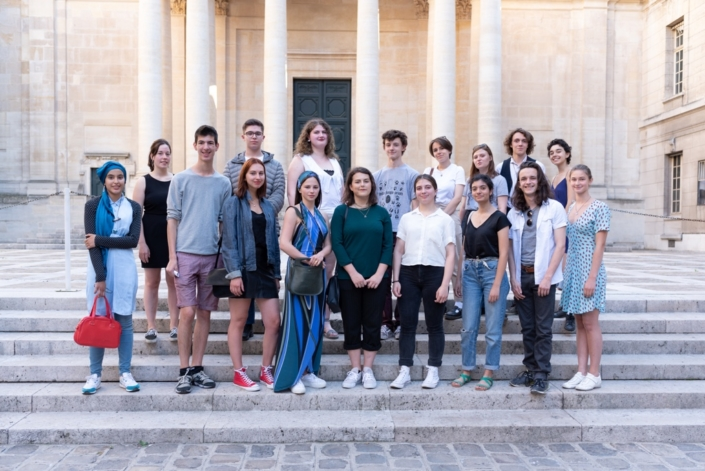 Des finalistes 2019 et des membres du Jury