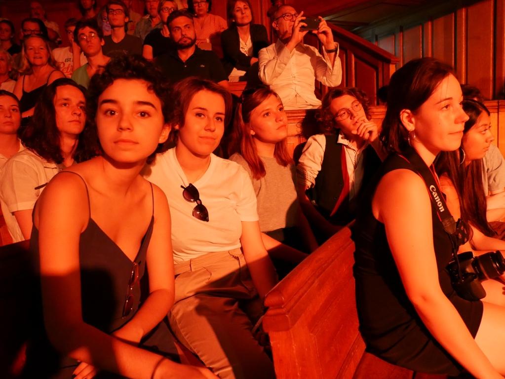 Des membres du Jury, Jenna Boulmedaïs, Emma Gesnot, Pauline Belshi, Loris Schirar, Lisa Argento, Sarah Vingadassalom