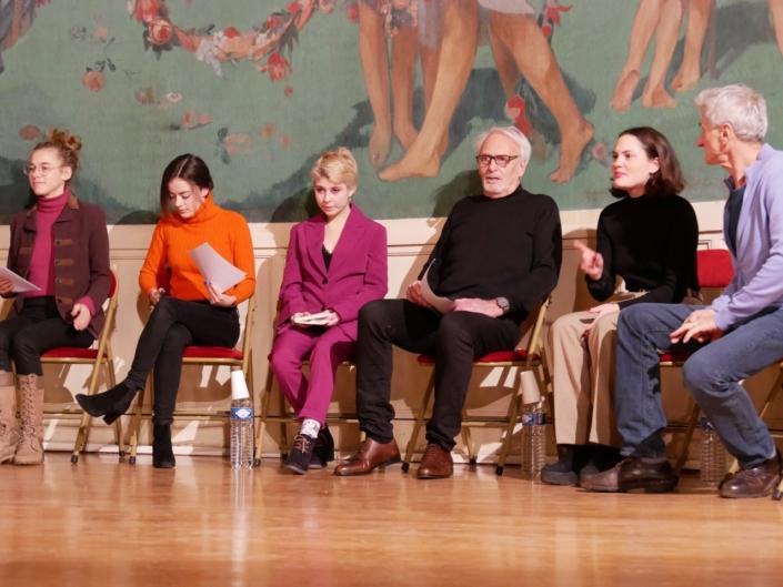 les comédiens Margot Lourdet, Lou Gala, Léa Furic, Didier Flamand, Clémence Boisnard et Pierre Aussedat