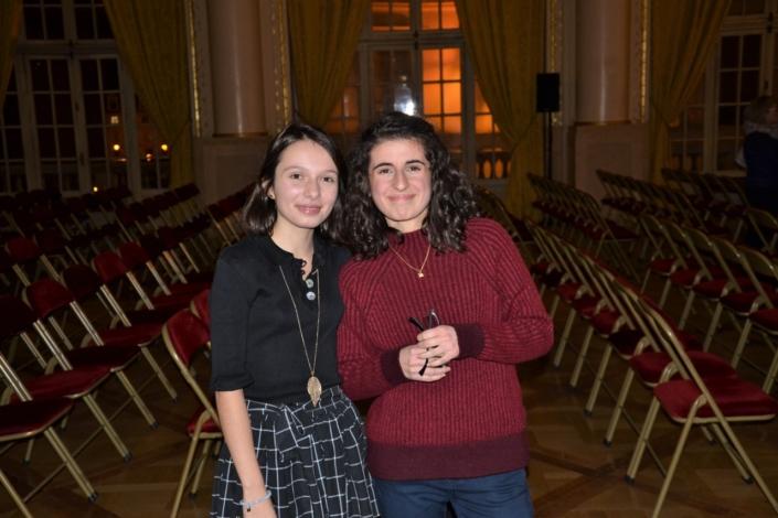 Agathe Vermot-Desroches et Eline Convert
