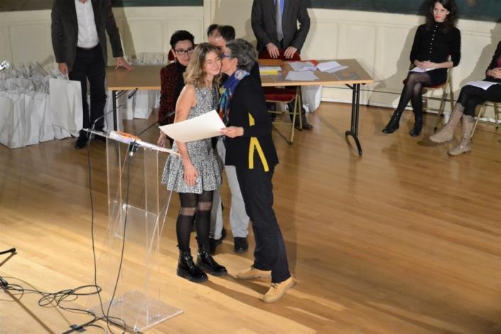 Ilayda Hasipoğlu et Laurence Dumont , Députée du Calvados, membre du Bureau de l'Assemblée Nationale, membre de l'UIP vice-Présidente du groupe du groupe d'amitié France-Turquie de l'Assemblée Nationale, membre du CH