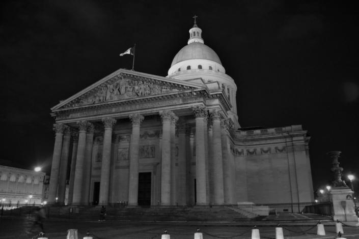 Le Panthéon, face à la Mairie du 5ème