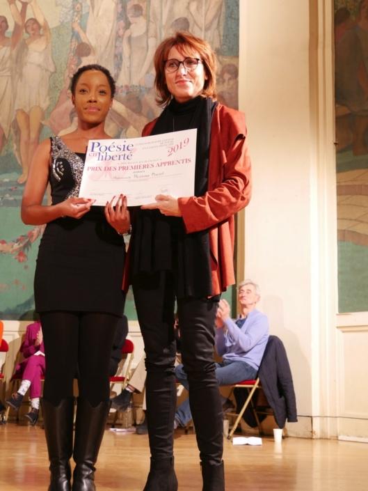 Hexiona Praxel et Laurence Bouvet, Poète, Présidente du Jury 2016 et Membre du Comité de lecture