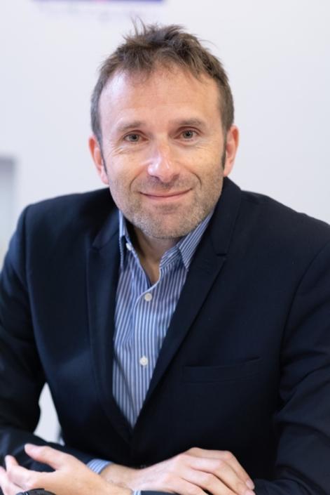 07 Jérôme Attal