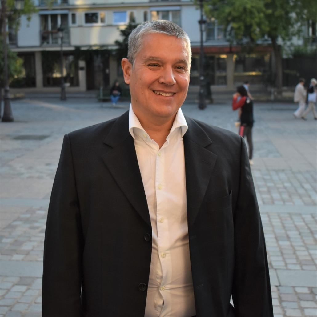 Eric Meadmore, représente Louis Dominici, président de la Mutuelle des Affaires Etrangères et Européennes