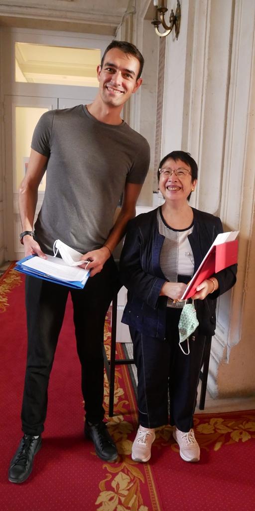Matthieu Rullier, secrétaire général adjoint et Yen Kuan, attachée de direction